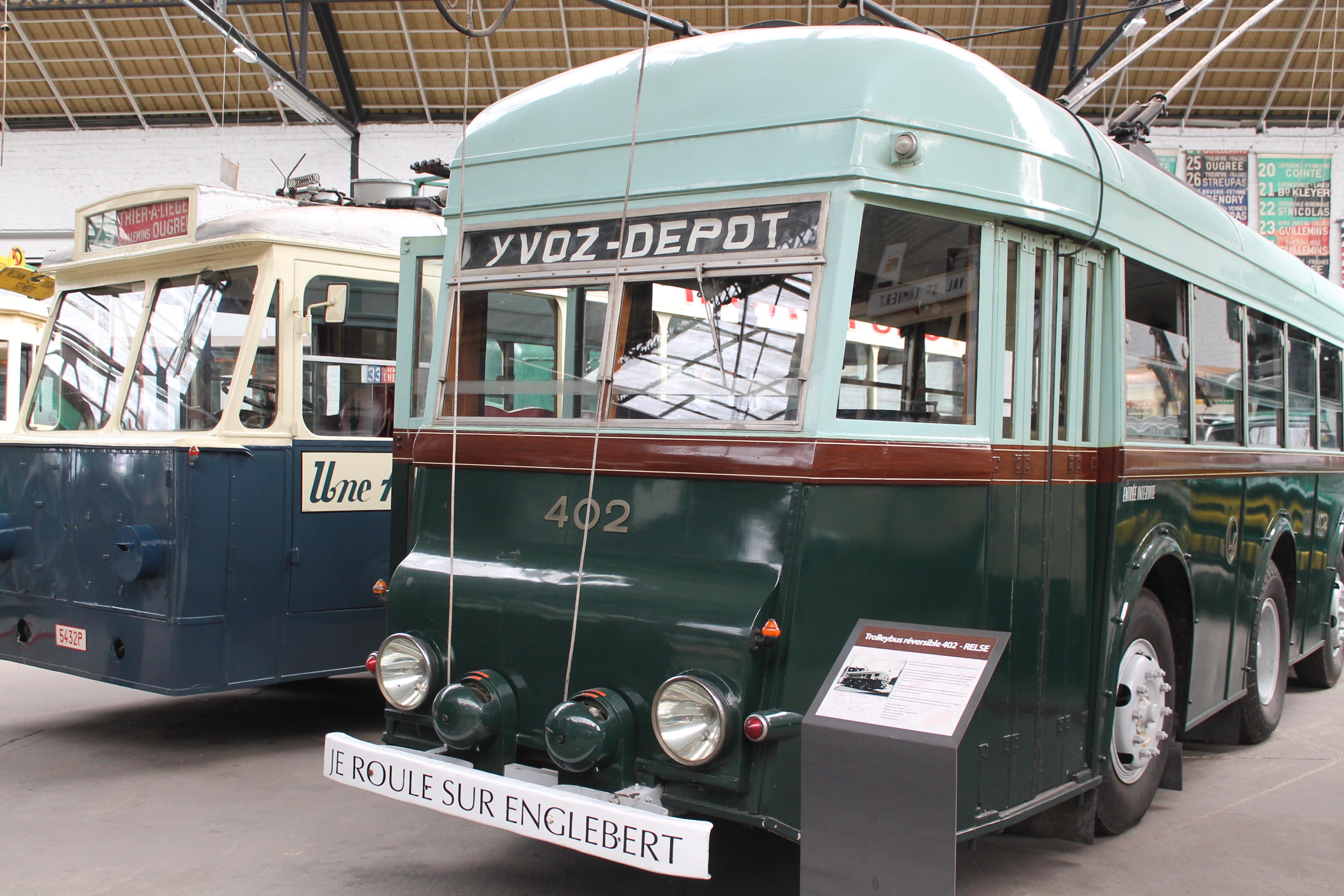 RELSE - Trolleybus réversible 402